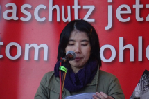 b_215_215_16777215_00_images_stories_akt19_190310-demo_190310-fukushima-demo-neckarwestheim-03.jpg