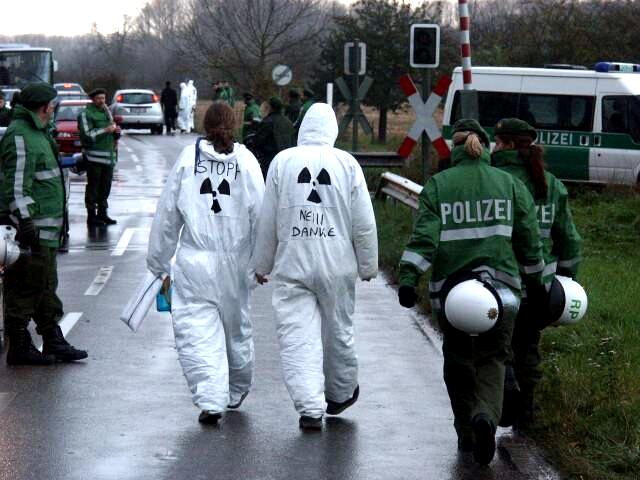 Weiterlesen: Die Castor-Transporte gehen weiter - der Protest...